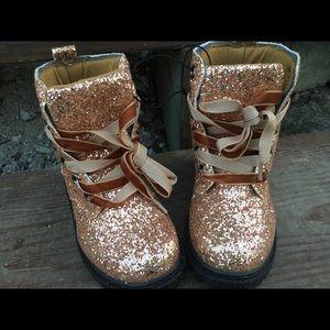 Other - 🌟Girls Glitter boots🌟